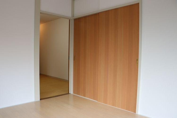 菊地ビル201号室のクローゼットです。