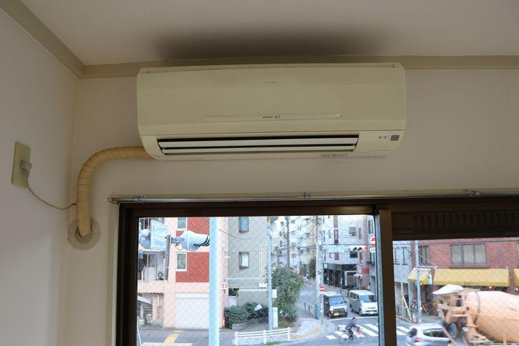 菊地ビル201号室のエアコンです。