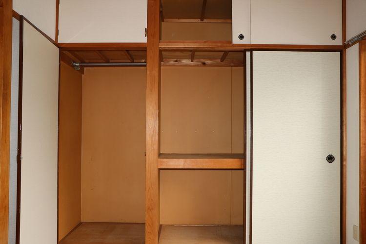 和室に大型収納有