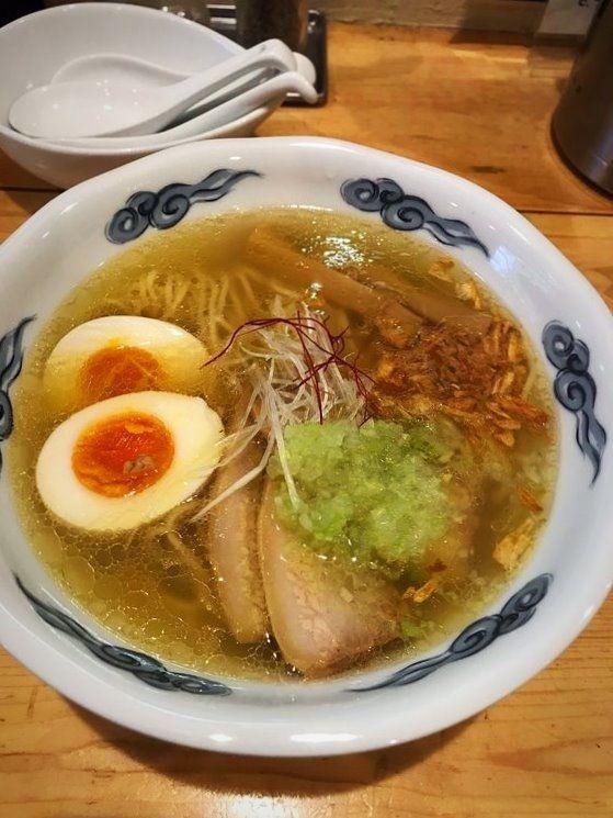 台東区東上野6丁目にある、志那そば大和の鶏塩そばです。