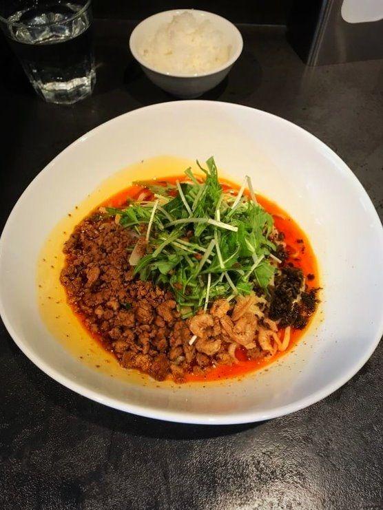 タンタンタイガーの汁なし担々麺の写真です。