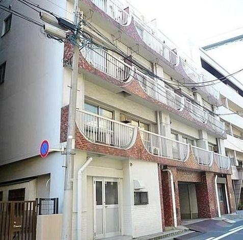 台東区北上野1丁目にあるビューハイツ小柴の外観写真です。