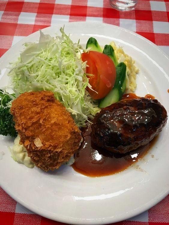 台東区柳橋1丁目にある洋食店、大吉のクリームコロッケ・ハンバーグランチです。
