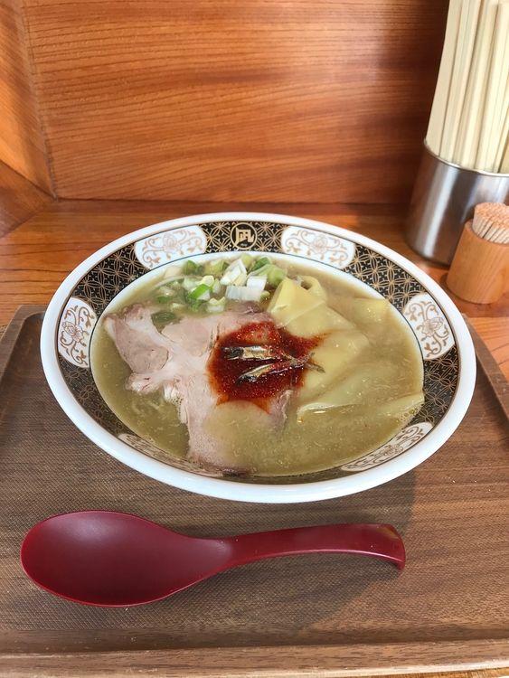 台東区花川戸1丁目にあるラーメン凪の煮干ラーメンです。