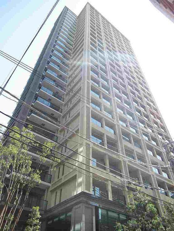 台東区蔵前にある分譲マンション、大江戸タワーレジデンスの外観写真です。