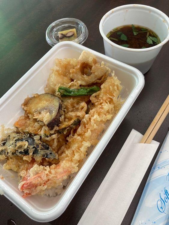 台東区東上野5丁目にある日本料理店、高はしのお持ち帰りです。