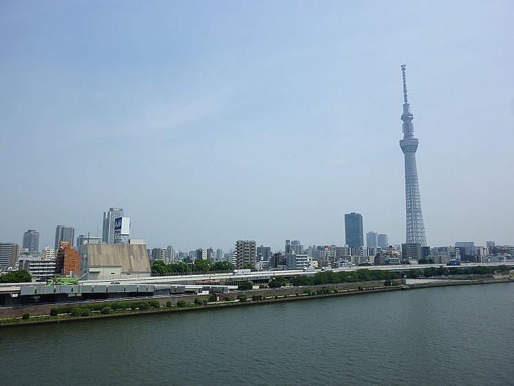 浅草ロイヤルマンションの廊下からの眺望です。
