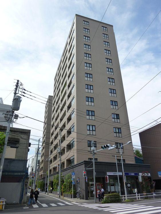 ザ・パークハウス上野の外観写真です。