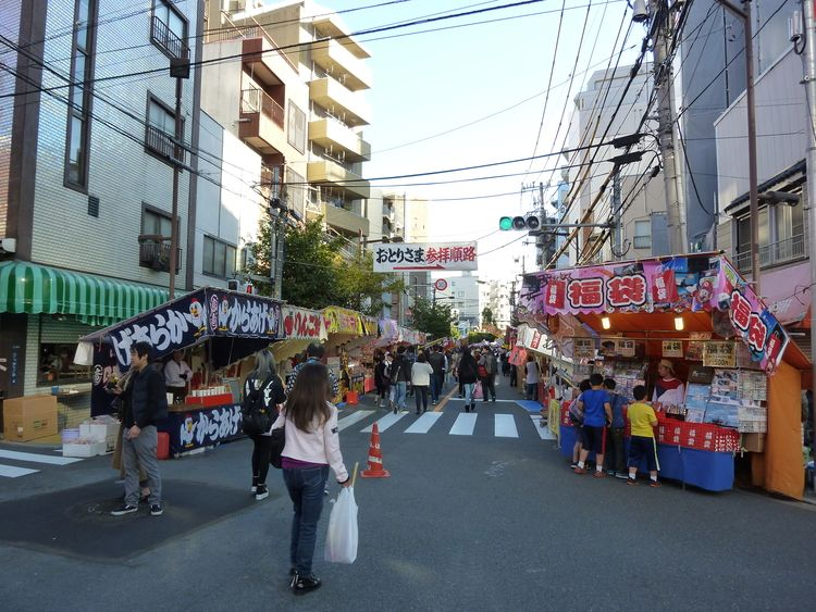 2018年浅草酉の市の様子です。